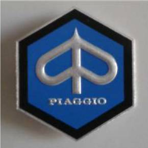 Anagrama Piaggio hexagonal. Ref. BAD003
